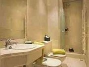 Gorgeous 1 Bedroom Unit in PALAIS Apartment Block!!!!