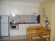 AMAZING LOCATION!  FULLY FURNISHED!  ON THE BEACH IN MOOLOOLABA!!!!!!!